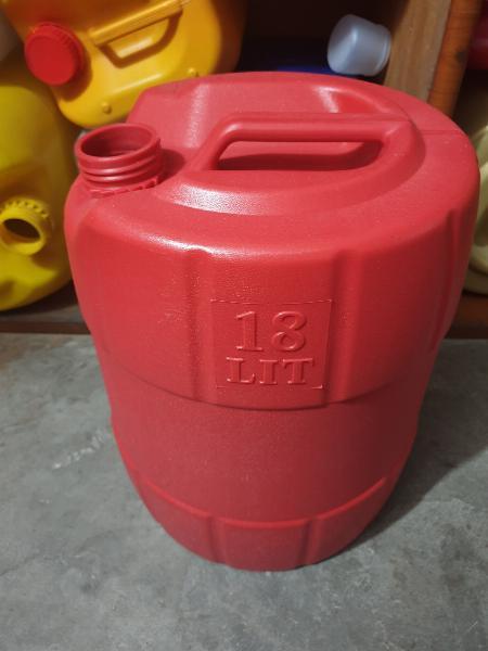 Can nhựa 18L đựng dầu